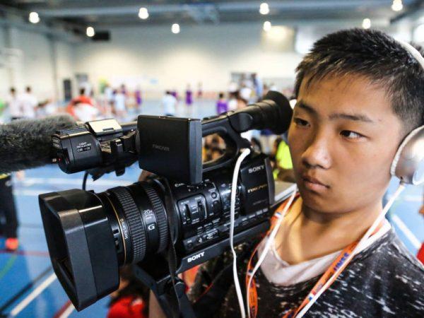 jeune-reporters-jij-cameraman-1024x768